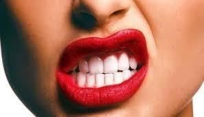 Comment avoir les dents blanches !! je vous dit tout<3