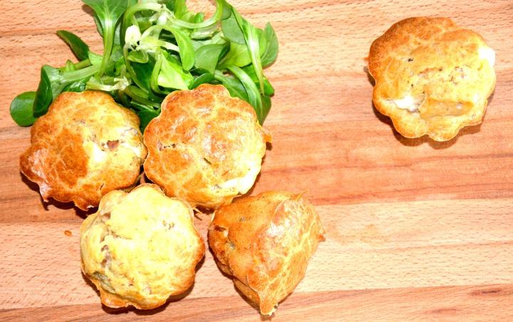 Recette facile de minis cakes salés: feta, thon etolives